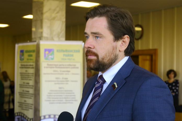 Александр Аксёненко