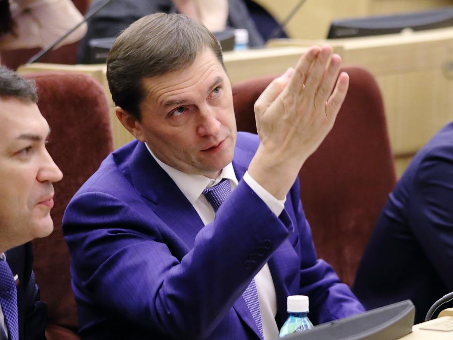 «Единая Россия» без единого мнения об отмене списков на выборах в Новосибирске - Фото