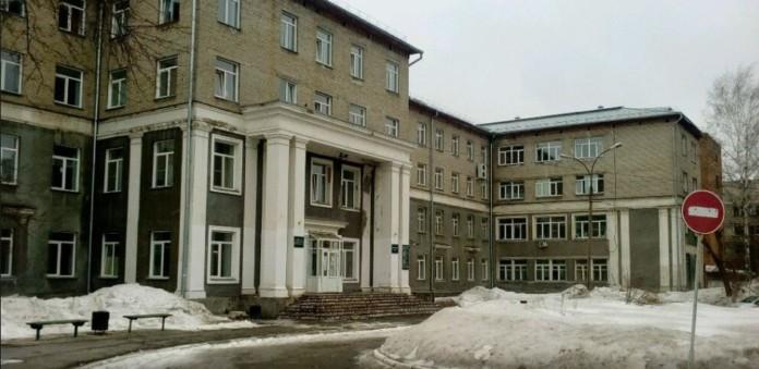 Миниатюра для: Застройщик бассейна оказался под подозрением у мэрии Новосибирска