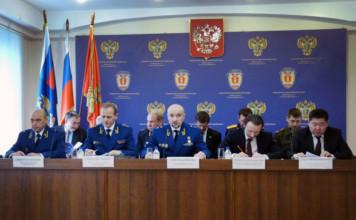 В Красноярском крае арестованы два районных прокурора, а глава краевой прокуратуры собирается в отставку