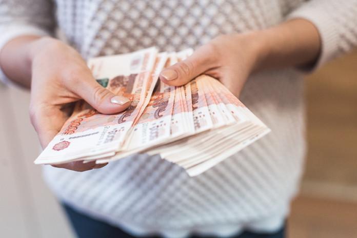 Миниатюра для: Почему в Красноярском крае растут долги по заработной плате?