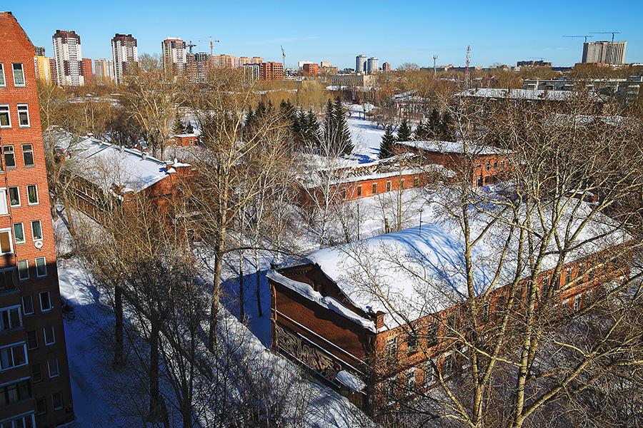 Территория военного городка в Новосибирске