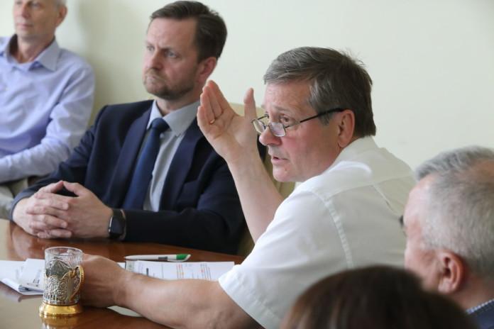 Миниатюра для: Кто кого поддержит в текущей экономической ситуации в России?