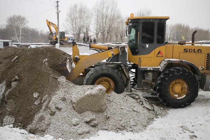 Миниатюра для: Дорогой к новосибирской ледовой арене займется строитель вододрома в Кольцово