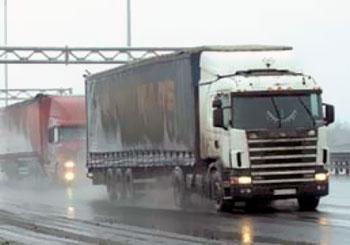 Дальнобойщикам в Новосибирске дадут 24 часа