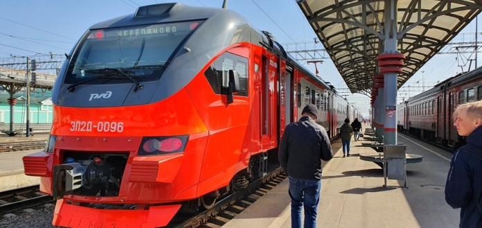 Миниатюра для: Новый современный электропоезд вышел в первый рейс в Новосибирске