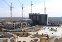 Губернатор Новосибирской области проверил работу строек региона в период противодействия коронавирусу