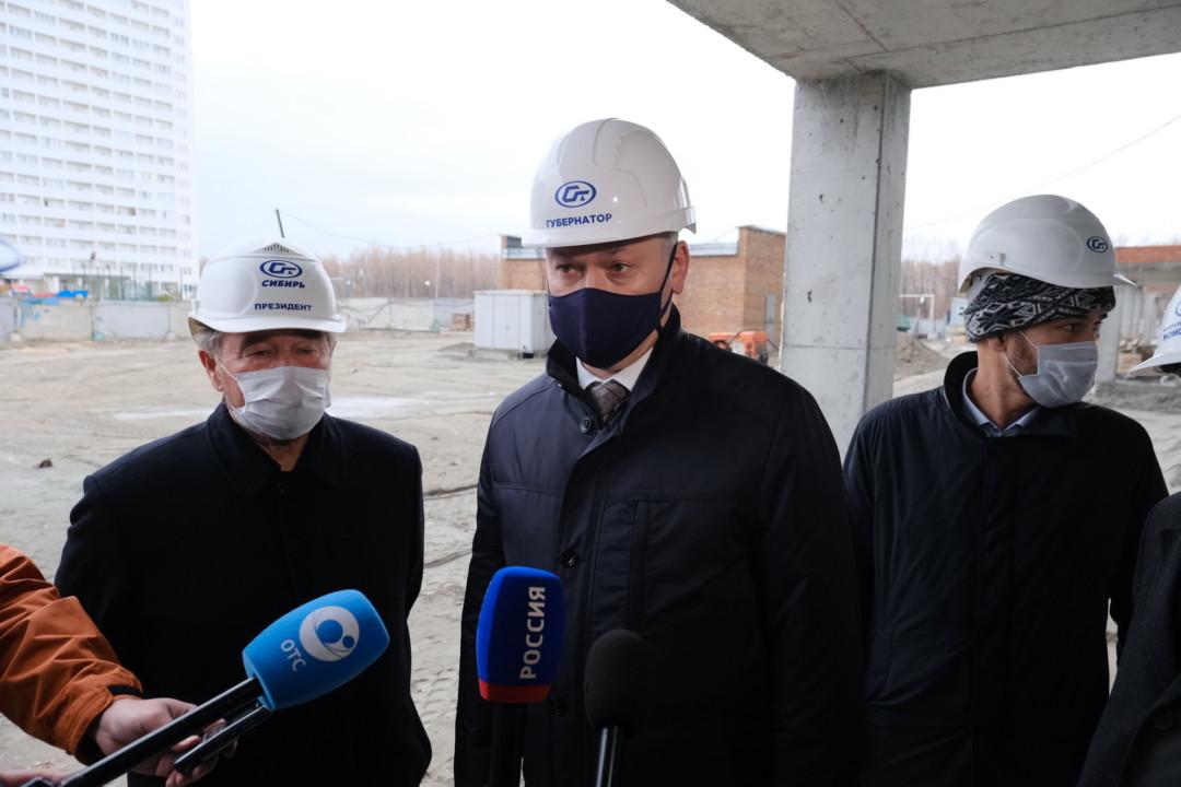 Губернатор Новосибирской области проверил работу строек региона в период противодействия коронавирусу - Фотография