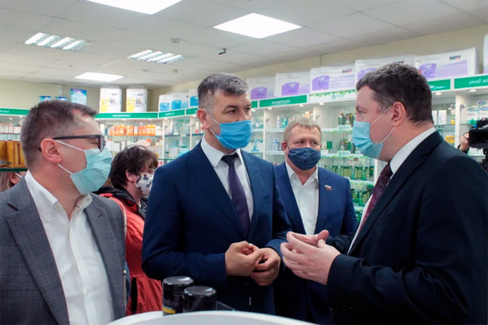 Новосибирские предприятия начали выпускать маски для защиты от коронавируса