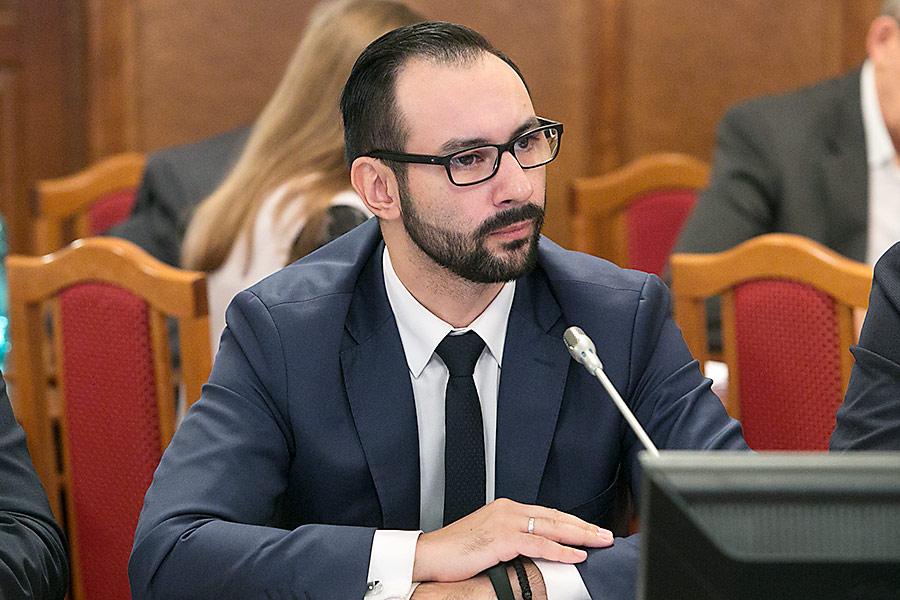 Лев Решетников
