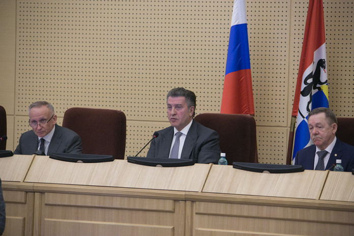 Депутаты Заксобрания Новосибирской области обсудили меры поддержки региональной экономики