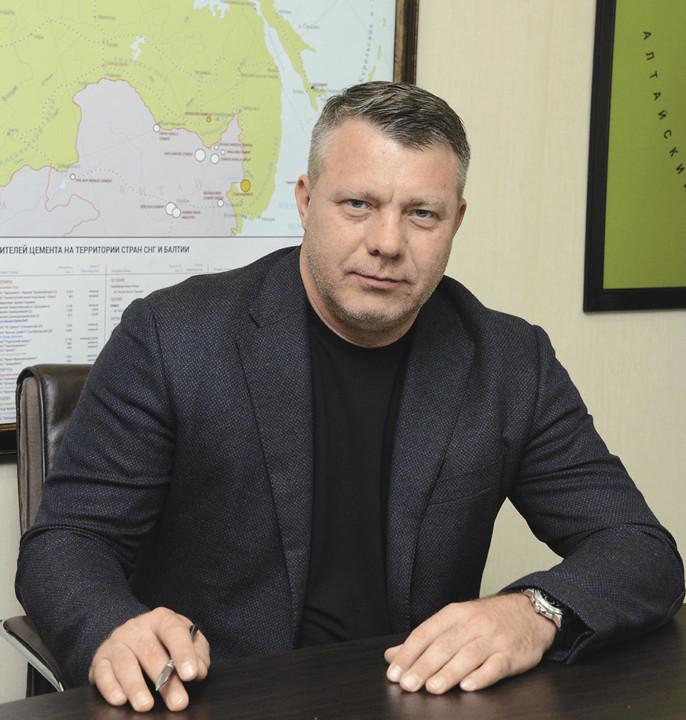Миниатюра для: Геннадий Рассказов: «Предприятия «Сибцема» готовы к «высокому» строительному сезону»
