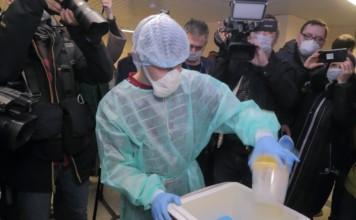 «Тестов хватит на всех»: лаборатории Новосибирска готовы к тестированию на антитела к COVID-19