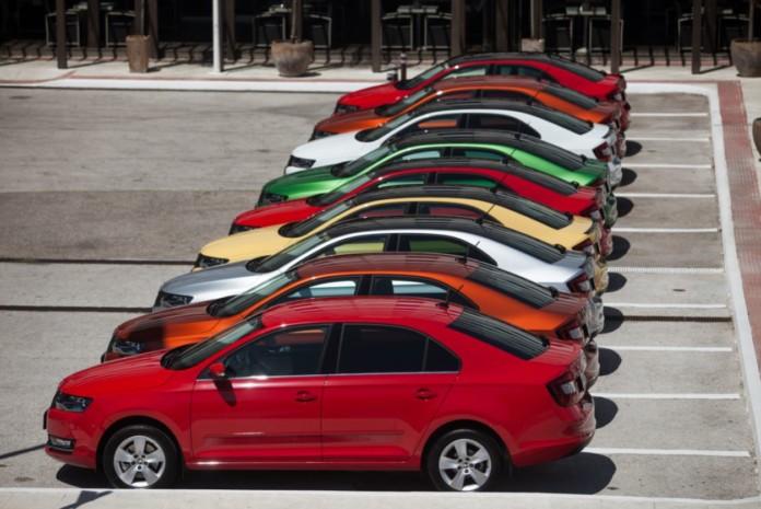 Миниатюра для: Продажи новых автомобилей в Новосибирской области по итогам апреля обрушились на 49%
