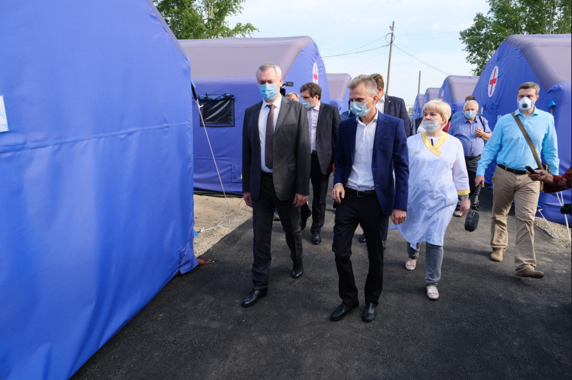 В Линево Новосибирской области заработал мобильный госпиталь для лечения COVID-19