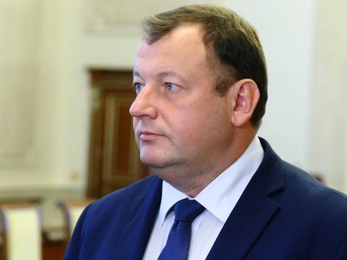 Миниатюра для: Новосибирский робот «Николай» ушел из МФЦ бороться с коронавирусом