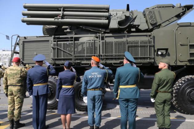 В Новосибирске прошёл Парад Победы