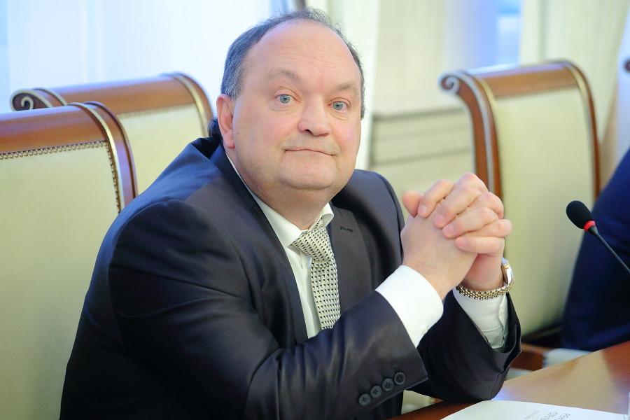 Владислав Плотников