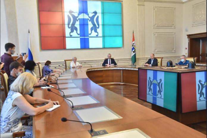 Миниатюра для: Андрей Травников поблагодарил новосибирцев за активное участие в голосовании по поправкам в Конституцию