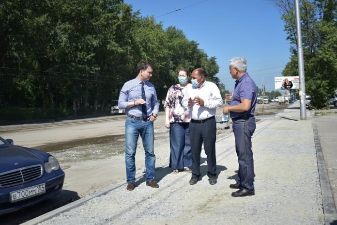 Миниатюра для: Капитальный ремонт улицы Оловозаводской в Новосибирске выполнят к сентябрю