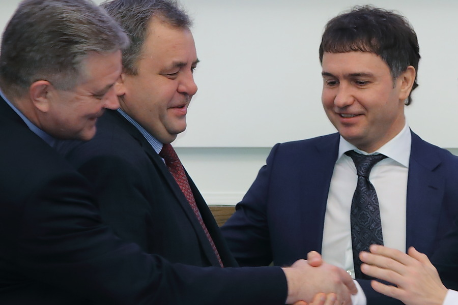 Как компромат на КПРФ в Новосибирске отразится на отношениях мэра и губернатора? - Изображение