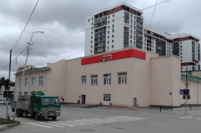 Миниатюра для: С начала года в Сибири закрылось более 45 магазинов сети «Холди»