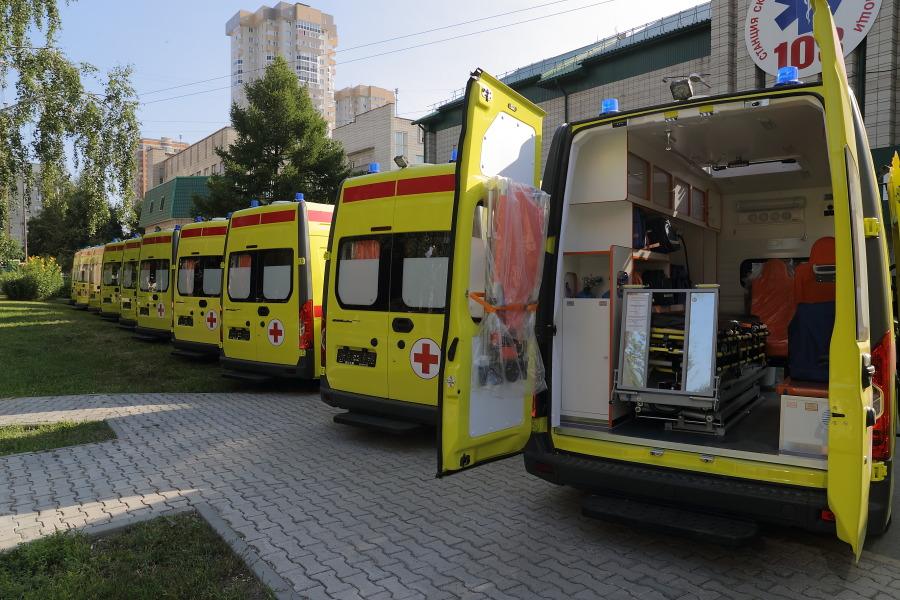 Коллапс медицины: почему в Новосибирске нельзя дозвониться в поликлинику, и куда пропали лекарства из аптек? - Фото