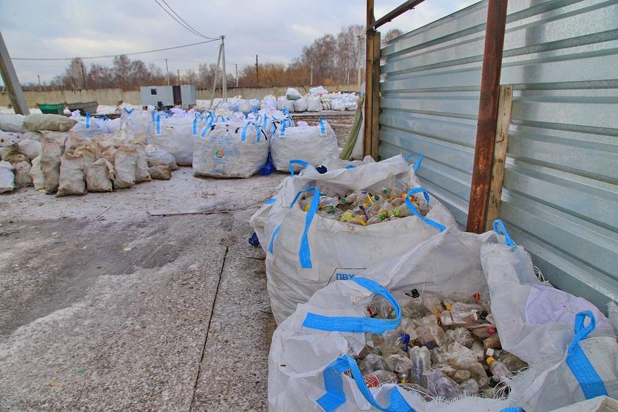 Почему горит мусор: в МУП «Спецавтохозяйство» озвучили свою версию ЧП на мусорном полигоне в Кировском районе - Изображение