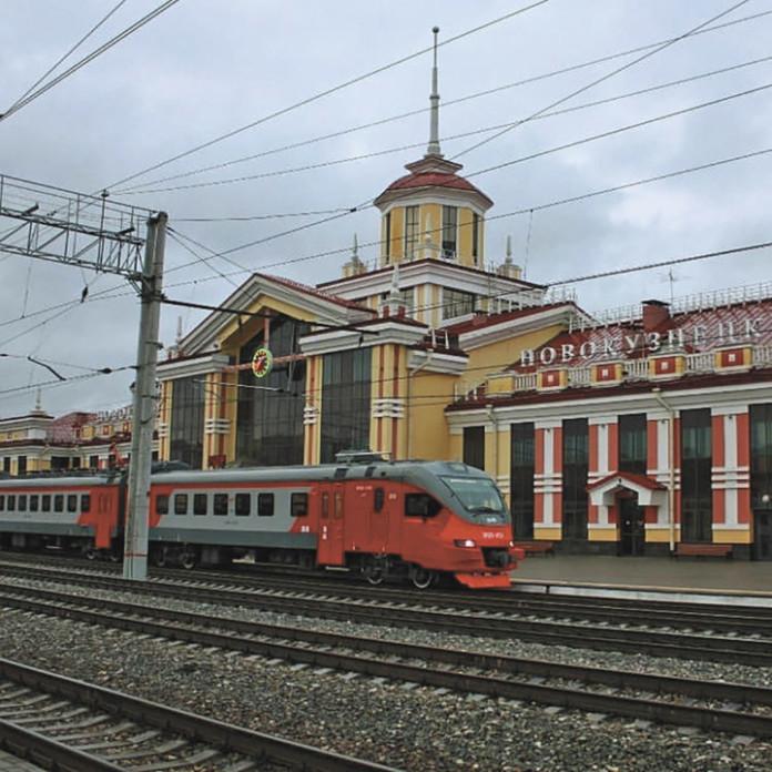 Миниатюра для: Новый электропоезд серии ЭП2Д начал курсировать напригородных маршрутах Кемеровской области