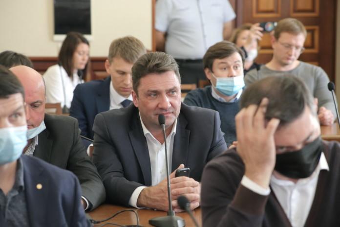 Четыре самовыдвиженца вступили в «Единую Россию» в горсовете Новосибирска