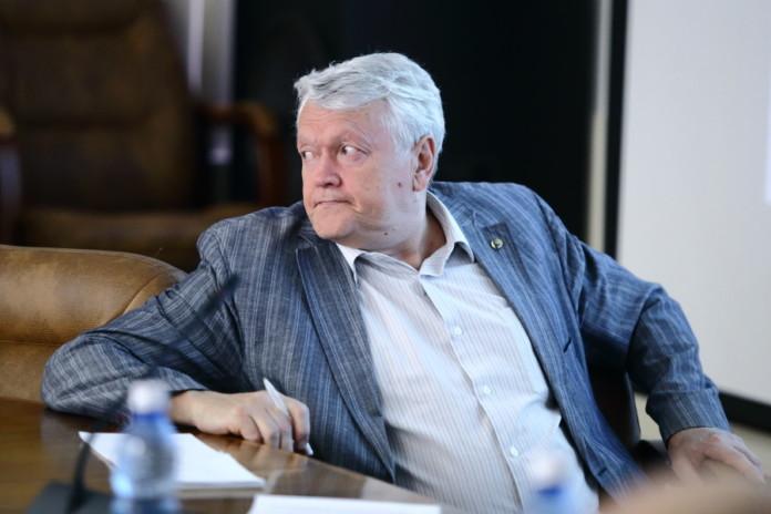 Миниатюра для: Экс-председатель СО РАН стал фигурантом дела о мошенничестве с недвижимостью