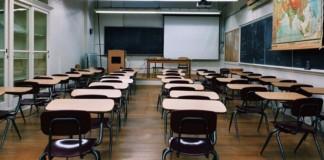 Школьные парты