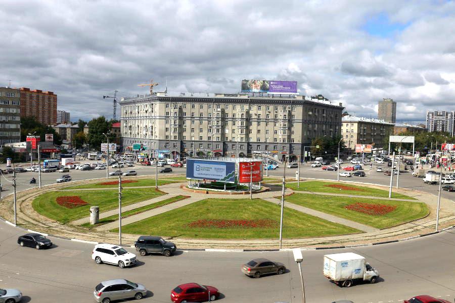 Памятная стела как аргумент в избирательной кампании Новосибирска