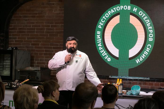 Миниатюра для: Заведение новосибирского ресторатора оштрафовали за передачу денег начальнику томского вокзала