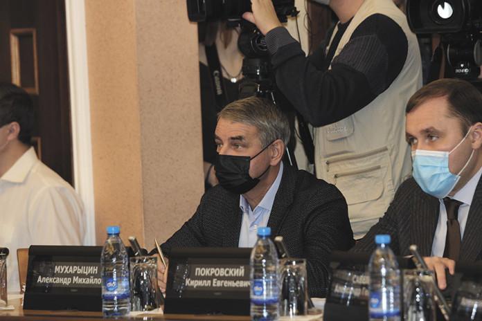 Миниатюра для: «Почему мы стесняемся обратиться за помощью?»: депутаты горсовета Новосибирска обсудили с министром здравоохранения ситуацию с коронавирусом