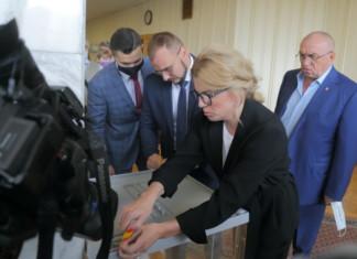 Какие направления бизнеса лучше представлены в Законодательном собрании Новосибирской области