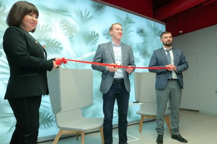 Миниатюра для: Альфа-Банк открыл в Новосибирске первый региональный Phygital-офис