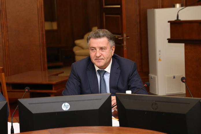 Миниатюра для: Без торгов и налогов: новосибирские парламентарии отправили преференции бизнесу на доработку