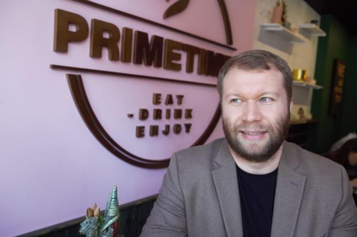 Миниатюра для: Антон Горестов и Григорий Крашенинников откроют лекторий-бар на Красном проспекте в Новосибирске