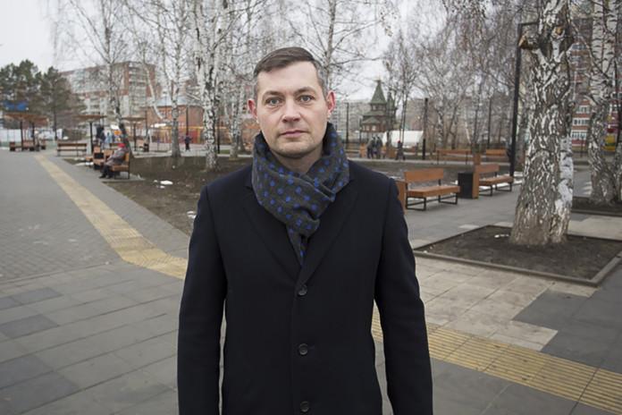 Миниатюра для: Депутаты и общественники приняли у подрядчика благоустроенный дисперсный парк на Затулинке в Новосибирске