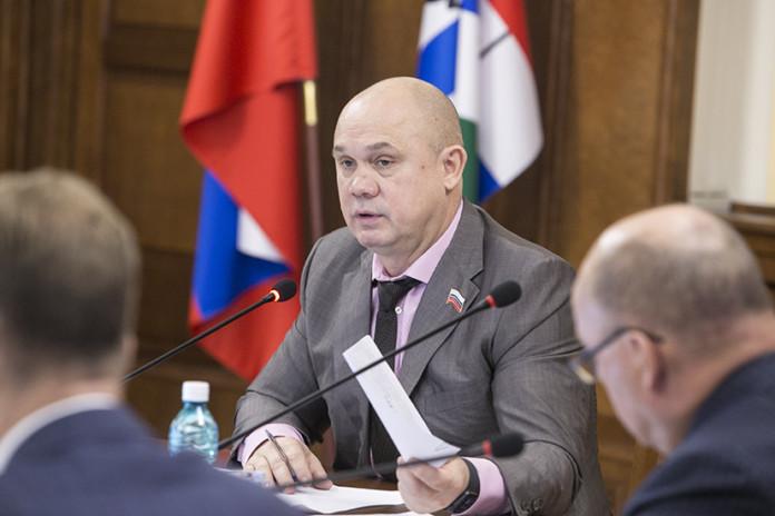Миниатюра для: Новосибирские депутаты указали на недостаточное обеспечение лекарственными препаратами жителей районов области