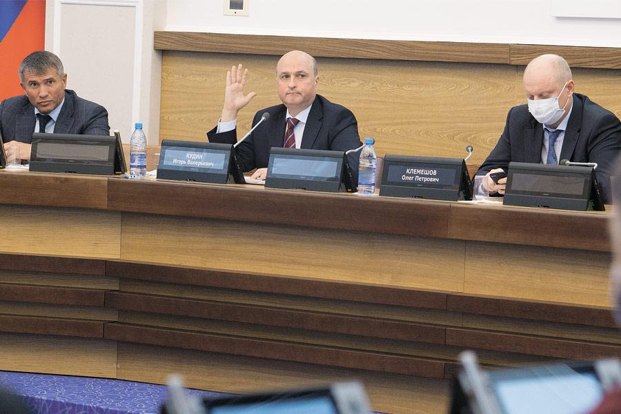 «Рост тарифов бьет по жителям»: горсовет Новосибирска не намерен мириться с решением ФАС