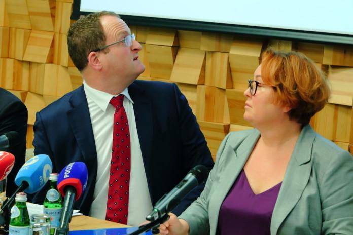 Миниатюра для: Резкий рост тарифов на вывоз мусора в Новосибирской области объяснили восстановлением справедливости
