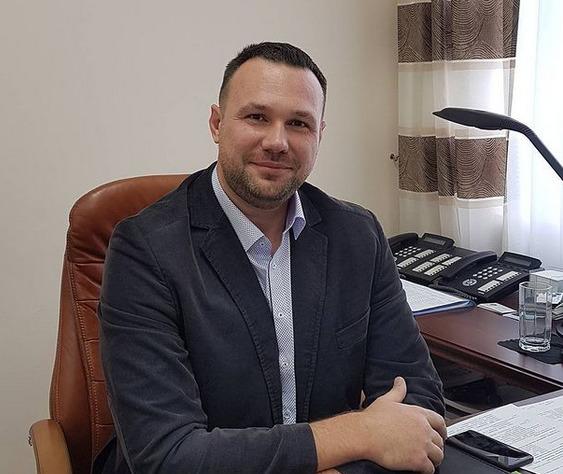 Миниатюра для: Экс-главе комитета рекламы и информации мэрии Новосибирска продлили срок содержания под стражей