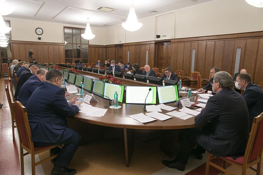 Сделки с землей в Новосибирской области откорректируют изменениями в законе - Изображение