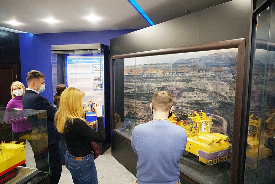 «Кузбассразрезуголь» покажет туристам добычу угля - Фотография
