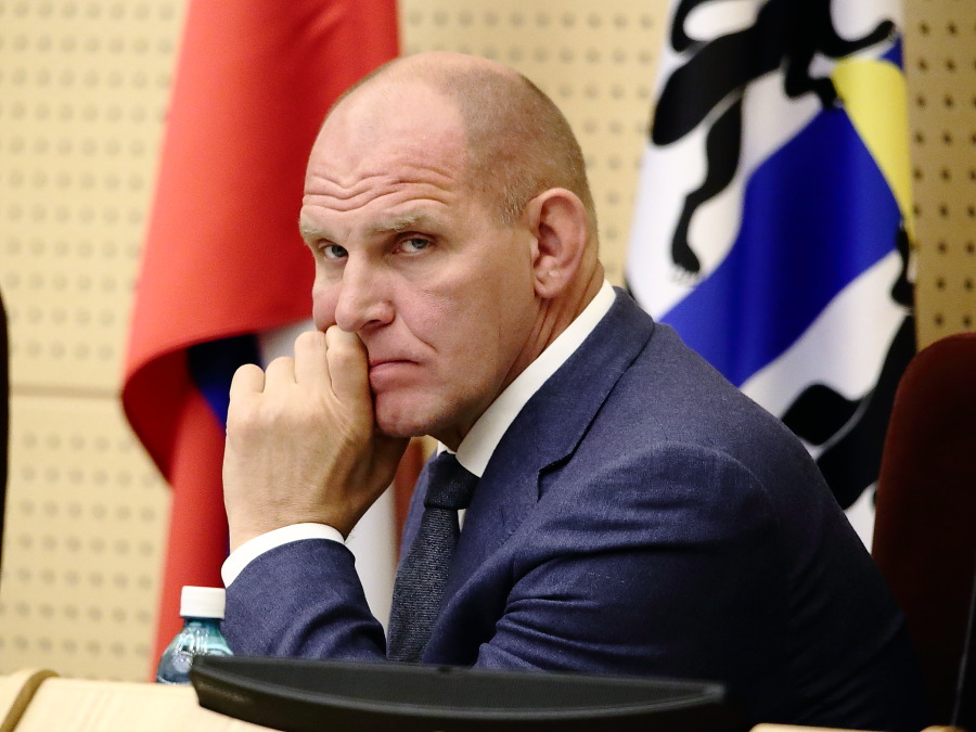 Александр Карелин перешел из Госдумы в Совет федерации