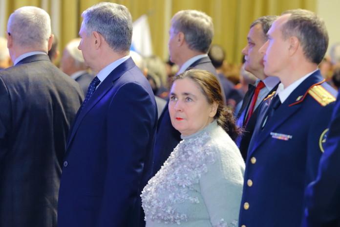 Миниатюра для: Экс-председатель Новосибирского облсуда проиграла дело в ВС РФ