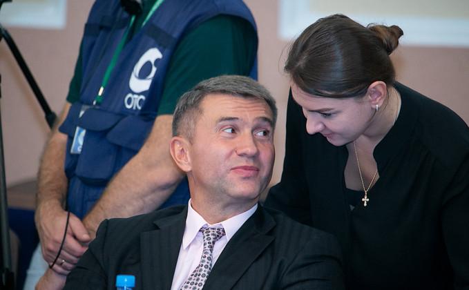 Первая сессия нового созыва горсовета. Депутат Евгений Яковенко - Фото 2020 года