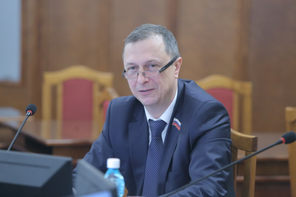 Новосибирские парламентарии: «Задачи штрафовать нет, есть необходимость сделать движение древесины законным» - Изображение